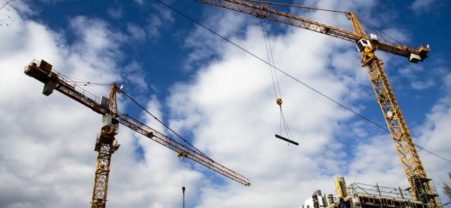 Maszyny budowlane - gdzie kupować części?